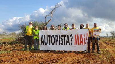 Anuncian una marcha el día 23 por 'la farsa' del Consell con la autopista