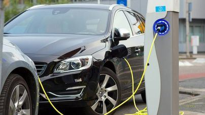 Baleares cuenta con 401 puntos de recarga de coches eléctricos de los 3.856 que hay en España