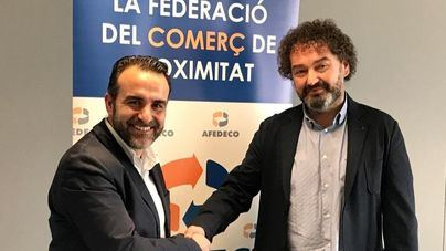 Rafael Ballester y Toni Gayá, presidente saliente y entrante de AFEDECO.