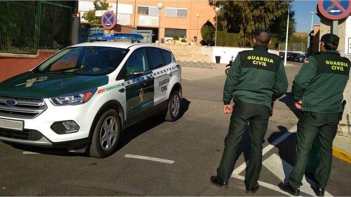 Rastrean las inmediaciones de una casa abandonada en Sant Antoni buscando a Nuria Escalante
