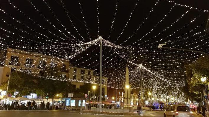 Los taxistas de PIMEM pasearán a los ancianos para que disfruten de las luces de Navidad