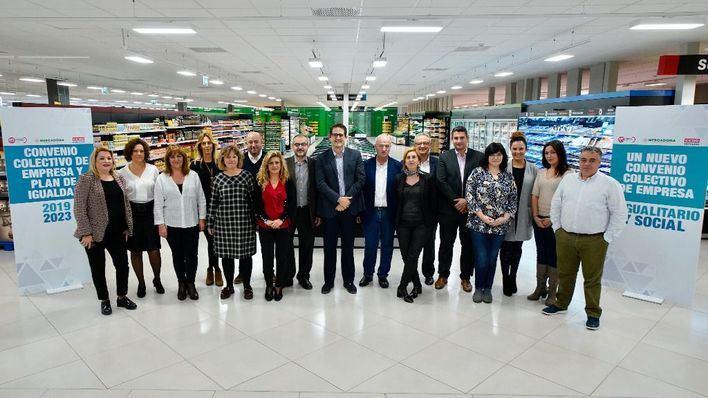 Mercadona firma su nuevo convenio colectivo y el Plan de Igualdad