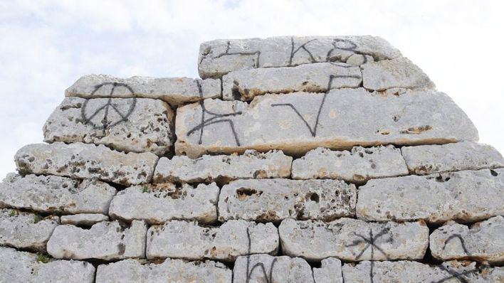 Detenido un brasileño de 35 años por hacer grafitis en Patrimonio Histórico