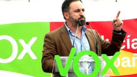 La entrada de Vox acerca a la derecha a la mayoría absoluta en las generales