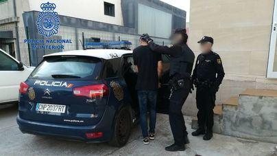 Detenidas dos personas por robar en habitaciones de hotel con los turistas dentro