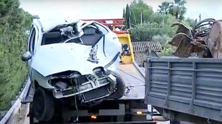 Un joven de 20 años muere en el choque frontal con un camión en Santa Maria