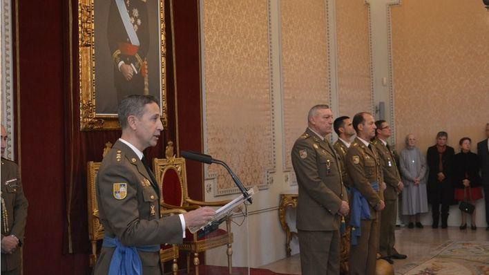 Los coroneles Juan Billón y Víctor Pujol llegan al Regimiento Palma 47