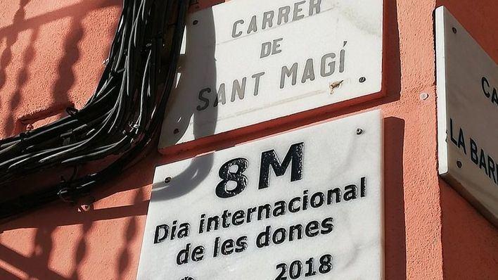 Palma inaugura una placa conmemorativa del 8 de marzo