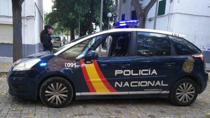 Cinco detenidos por robar en supermercados perfumes valorados en 2.000 euros