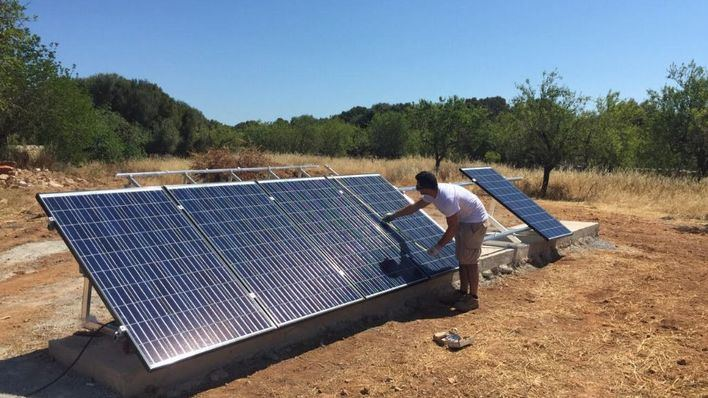 Se cuadruplican en dos años las peticiones de placas solares en Baleares