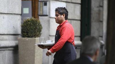 Caen los afiliados extranjeros a la Seguridad Social en Baleares