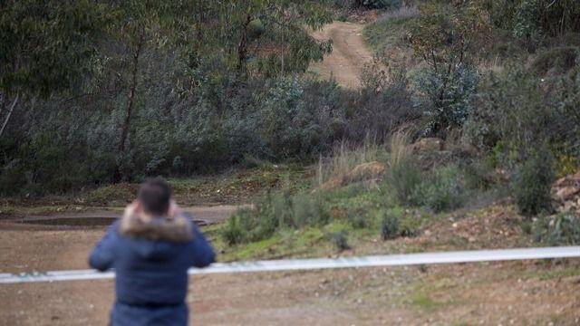 Hallan restos de sangre y una bolsa con llaves cerca de donde apareció Laura Luelmo