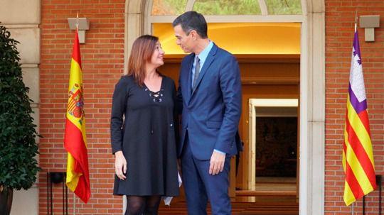 Sánchez no retiró el recurso al Constitucional del Gobierno Rajoy y el Govern no lo pidió hasta octubre