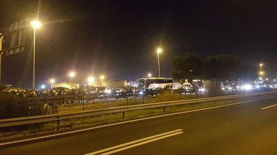 Grupos de CDR cortan arterias centrales del centro de Barcelona