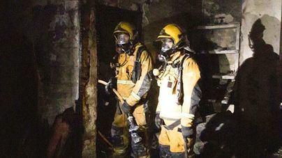 Mantienen precintadas cuatro viviendas y las otras 16 vuelven a ser alojadas tras el incendio en Palma
