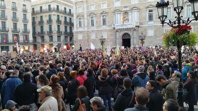 Unas 3.500 personas piden justicia para el perro abatido por la Urbana en Barcelona
