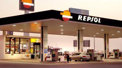 Repsol no podrá ampliar su red de gasolineras en Baleares y otros 27 territorios el próximo año