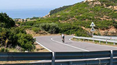Rebajan de 100 a 90 kilómetros por hora la velocidad en carreteras convencionales para motos y coches