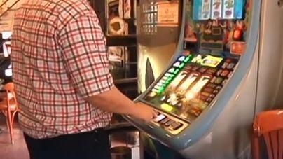 Cort prohíbe la apertura de casas de apuestas y salones de juegos cerca de escuelas e institutos
