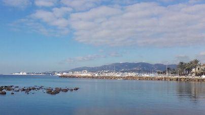 Nubes y claros este sábado en Baleares