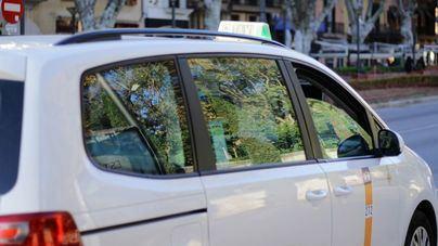 Un grupo de personas golpea a un taxista y le roba 400 euros en efectivo en una zona de Cala Major