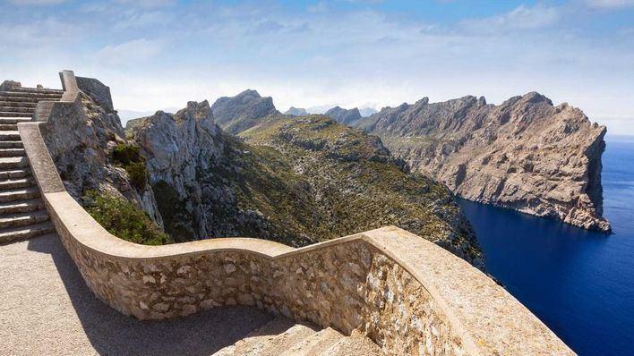 Intervalos nubosos que irán despejando este domingo en Baleares