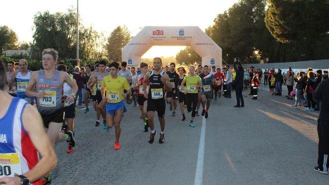 Más de 1100 personas participan en la San Silvestre Calvianera