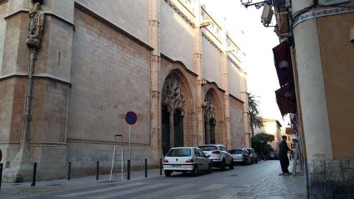 Prohíben aparcar en las inmediaciones de La Lonja de Palma