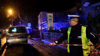 Mueren cinco menores en el incendio de un escape room en Polonia