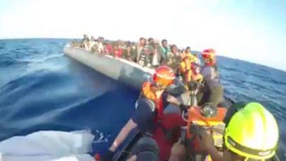 Rescatadas tres pateras con 159 personas a bordo en aguas de Motril