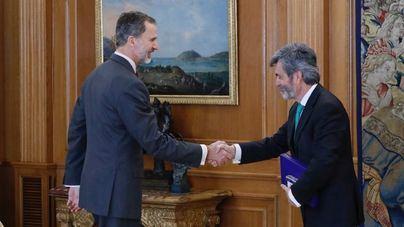 El Rey preside la entrega de despachos a 63 nuevos jueces, uno de Baleares