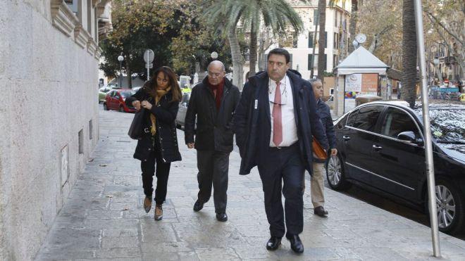El caso Mar Blau se salda con tres multas de 8.490 euros y nueve absoluciones