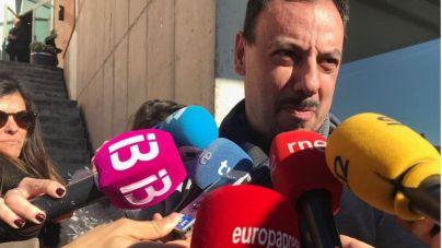 Pitada de los trabajadores de Es Murterar a la ministra en Lloseta por la diferencia de trato con Cemex