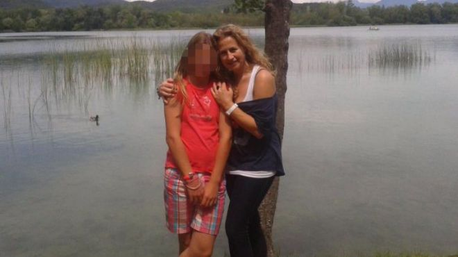 La menor de Girona admite durante la reconstrucción que apuñaló a su madre