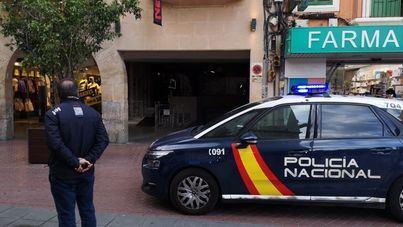 Bomberos y Policía acceden al piso de un hombre muerto en Palma tras días sin dar señales de vida