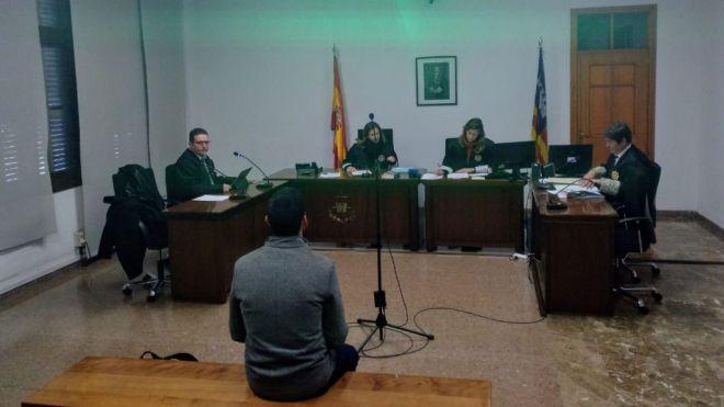 Multa de 2.100 euros al abogado 'Coco' Campaner por subir un vídeo de un testigo protegido a Facebook