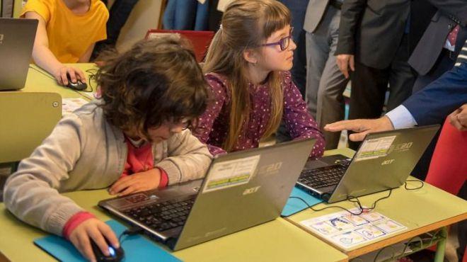 Dos millones para dotar de banda ancha ultrarrápida a 320 colegios de Baleares