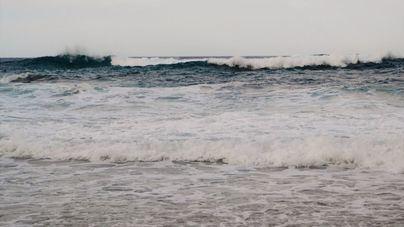 Menorca, en aviso amarillo por olas de hasta 4 metros