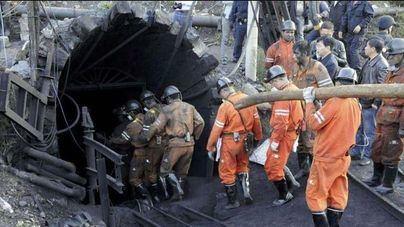 Mueren 21 trabajadores en un accidente en una mina de carbón en China