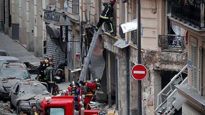 Hallado el cadáver de una mujer sepultada por la explosión en París