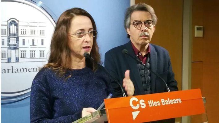 Los portavoces de Cs, Olga Ballester y Xavier Pericay
