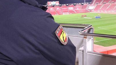 Peleas entre radicales del Mallorca y del Deportivo se saldan con 20 ultras identificados y heridos leves