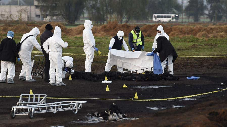 Asciende a 73 la cifra de muertos en explosión por robo de gasolina en México