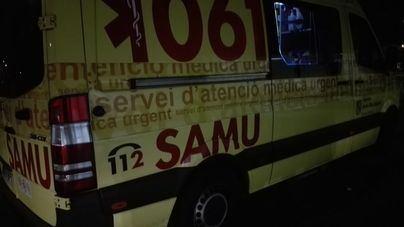 Un alemán ebrio agrede a una sanitaria en la ambulancia que lo trasladaba a Son Espases