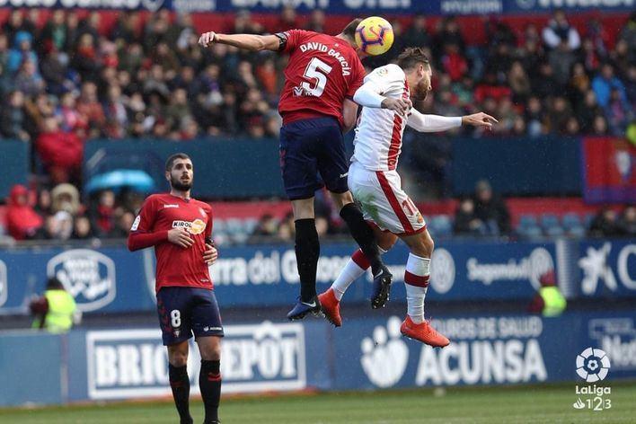 El Mallorca cae 2-0 en el Sadar con dos goles de Kike Barja y Roberto Torres