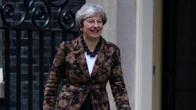 May insiste en renegociar el acuerdo del Brexit que rechazó el Parlamento