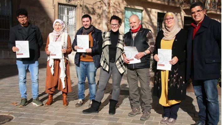 Cort contará con mujeres musulmanas para combatir