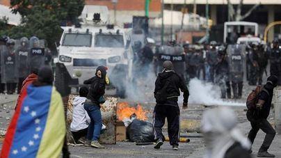 16 muertos y decenas de heridos por las protestas de Venezuela