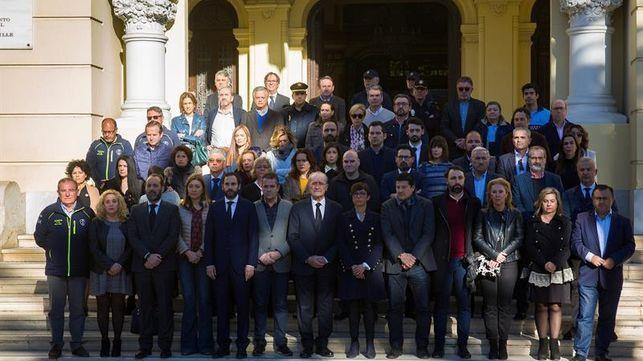 Un centenar de personas se concentran en Málaga en recuerdo a Julen
