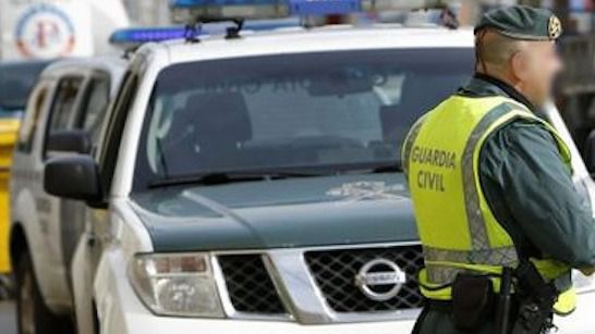 Una joven mata de una puñalada a su novio en Ibiza